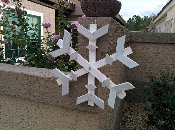 Ana White Snowflake And Christmas Tree From Scrap Wood