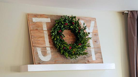 joy holiday sign wreath holder - Christmas wall art