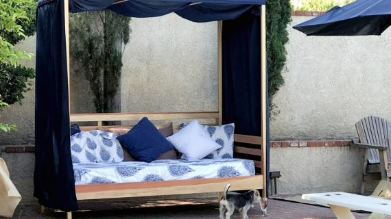 pretty outdoor daybed with canopy diy