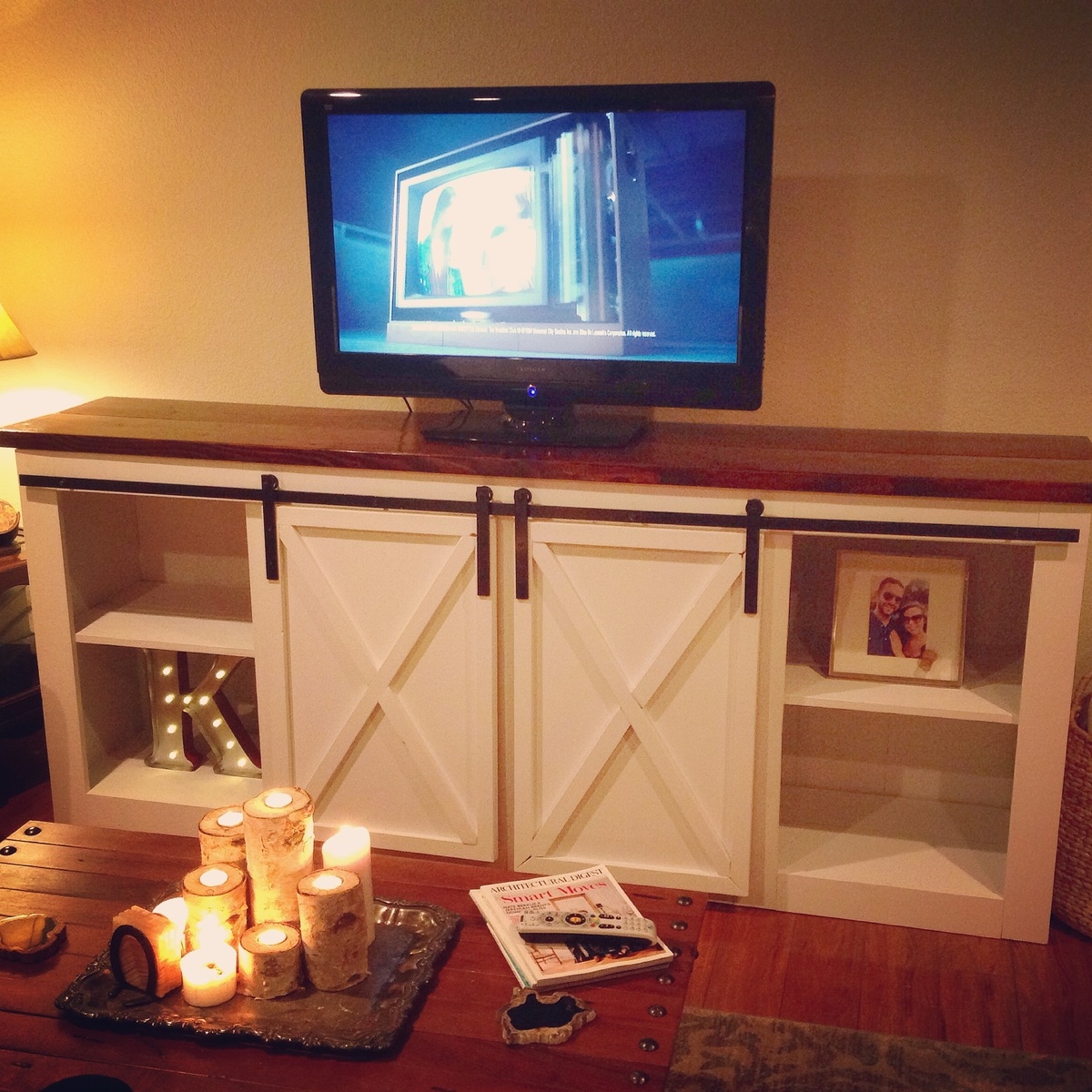 Ana White Grandy Console With Barn Doors Diy Projects