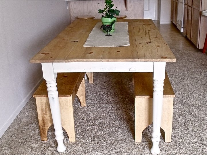 Attractive Rustic Pine Table