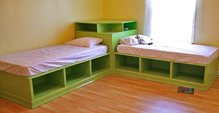 Risultati immagini per Twin Corner Beds With Lots Of Storage