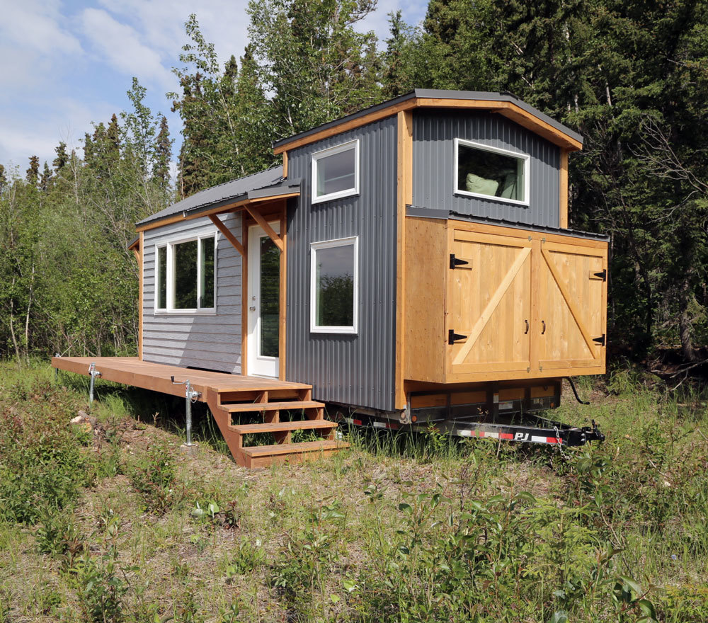 Ana white quartz tiny house free tiny house plans for Tiny cabin designs