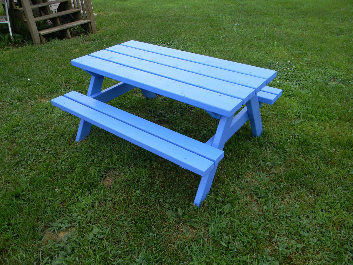 Ana White | Big Kids' Picnic Table - DIY Projects
